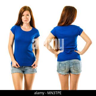 Foto, eine junge schöne rothaarige Frau mit leeren blauen Shirt, vorne und hinten. Bereit für Ihr Design oder Ihre Kunstwerke. - Stockfoto