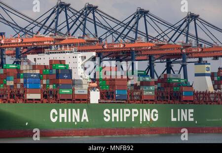 Der Hafen von Rotterdam, Niederlande, Maasvlakte 2 Deep Sea Port, auf einer künstlich konstruierte Fläche vor der ursprünglichen Küste, Euromax Co - Stockfoto