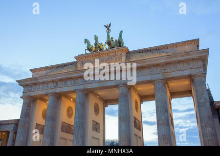 Brandenburger Tor bei Sonnenuntergang, Berlin - Stockfoto