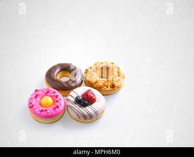 Donut oder verschiedene Donuts auf einem Hintergrund - Stockfoto