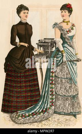 Godey's Fashion Lady mit einem Remington Schreibmaschine und einer in einem Kleid, 1880. Farblithographie - Stockfoto