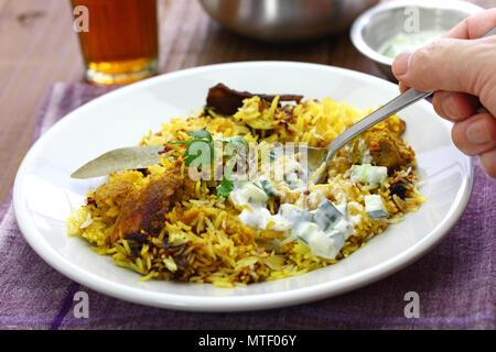 Huhn hyderabadi biryani, indische Küche - Stockfoto