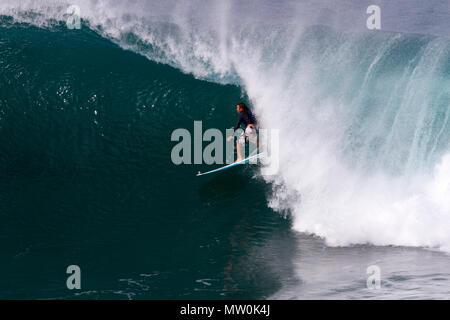 Auf Honolua Bay, Maui, Hawaii Surfer. - Stockfoto