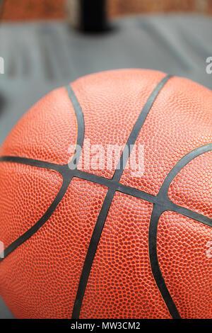 Geschlossen der Basketball outdoor für Hintergrund - Stockfoto