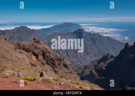 Vulkanische Landschaft in Roque de Los Muchachos, dem höchsten Gipfel der Insel La Palma, Kanaren, Spanien. - Stockfoto