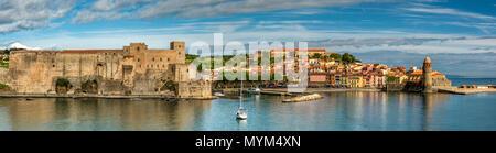 Panoramaaussicht, Collioure, Pyrénées-orientales, Frankreich - Stockfoto