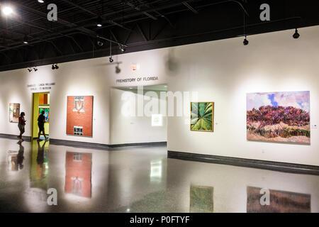 Florida Daytona Beach Museum der Künste und Wissenschaften und Innenraum West Wing Galerie Gemälde - Stockfoto
