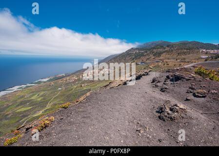 Landschaft der Insel La Palma von der Spitze des Vulkans San Antonio, Kanarische Inseln, Spanien. - Stockfoto
