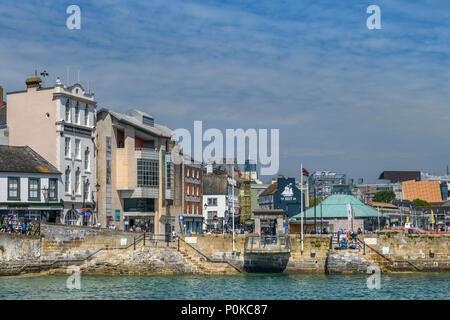 Der Mayflower in Plymouth, England. Obwohl nicht der tatsächliche Standort, an dem die Pilger des Vaters gewichen, es ist nahe genug, um eine große Umgebung zu werden. - Stockfoto