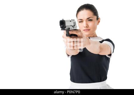 Lächelnde Frau in professionellen Maid Uniform isoliert auf weißem - Stockfoto