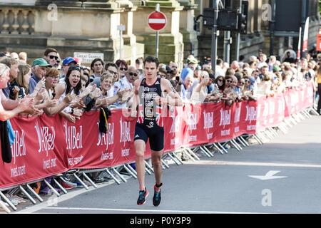 Leeds, Großbritannien. 10. Juni 2018. Jonathan Brownlee von Großbritannien zieht der Elite mens Rennen. Kredit Dan Cooke Credit: Dan Cooke/Alamy leben Nachrichten - Stockfoto