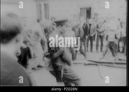. ? Eština: Sov?tské okupa? ní síly. 27. August 1968 National Archives (archive.org) 1 (srpen 68) Sovetsky ozbrojenec - Stockfoto