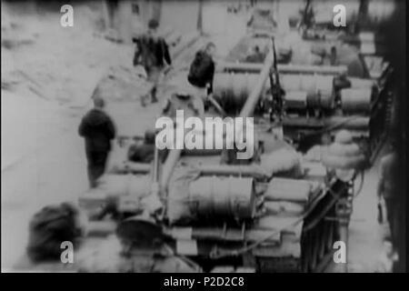 . ? Eština: Sov?tské okupa? ní síly. 27. August 1968 National Archives (archive.org) 1 (srpen 68) Tankova kolona - Stockfoto