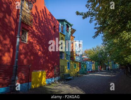 Bunte Caminito Straße im Viertel La Boca, Buenos Aires, Argentinien - Stockfoto