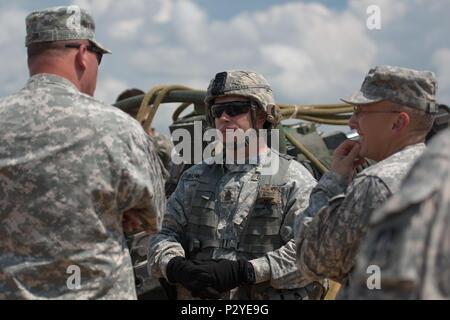 1 163 Rd Field Artillery Command Sgt Große Edwards Erklärt Die M