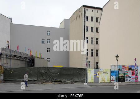 Berlin, Deutschland, unbebauten Ecke in der Oranienburger Straße Ecke Auguststraße in Berlin-Mitte - Stockfoto