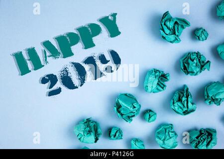 Schreiben Hinweis anzeigen Happy 2019. Business Foto präsentiert ...