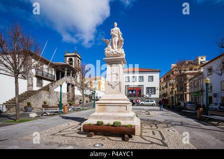 Portugal, Azoren, auf der Insel Terceira, Praia da Vitoria, Rathausplatz - Stockfoto
