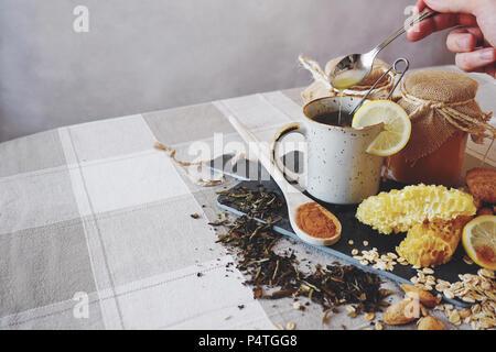 Gesundes Frühstück gegen Erkältung - Stockfoto
