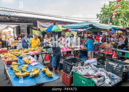 Selangor, Malaysia - Juli 10,2017: Malerische Aussicht auf den Morgen Markt in Ampang, Malaysia. - Stockfoto