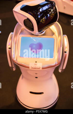 Sanbot Roboter von macco Robotik unternehmen. In der GR-EX Gipfel (Global Roboter Expo). Internationale und Europäische Roboter Gipfel. - Stockfoto
