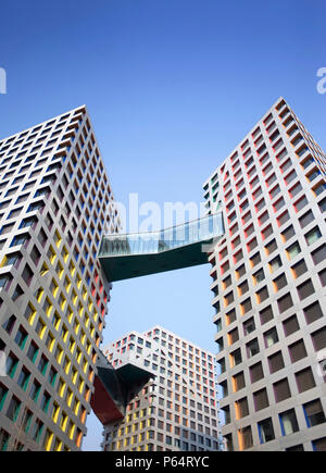 Modernes hohes Apartmentgebäude im Central Business District von Peking 2009 - Stockfoto