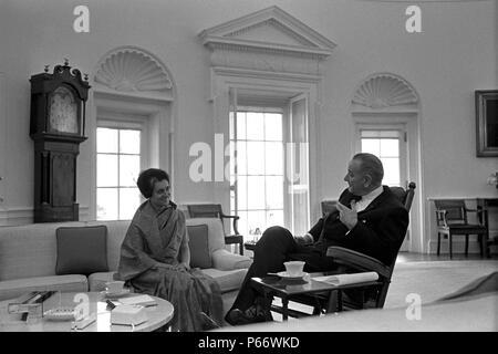 Indira Gandhi 1917-1984, war der dritte Premierminister von Indien und eine zentrale Figur der Indian National Congress Party. - Stockfoto