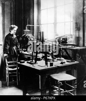 Foto von Marie Sklodowska-Curie (1867-1934) eine Polnische und Naturalisiert - französische Physiker, Nobelpreisträger und Chemiker, der bahnbrechende Forschung auf Radioaktivität durchgeführt. Vom 1906 - Stockfoto