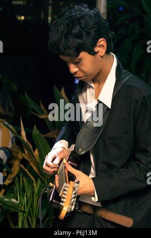 Thai Guitar Player, Bangkok, Thailand