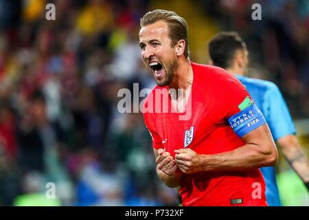 Moskau, Russland - Juli 3, 2018: England's Harry Kane feiert zählen in den 2018 FIFA World Cup Runde 16 Spiel gegen Kolumbien bei Spartak Stadium. Anton Novoderezhkin/TASS