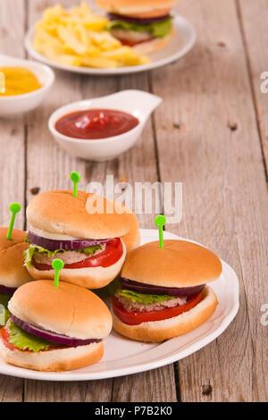 Mini Burger. - Stockfoto