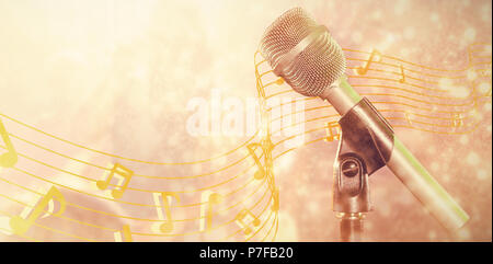 Zusammengesetztes Bild Nahaufnahme des Mikrofons - Stockfoto