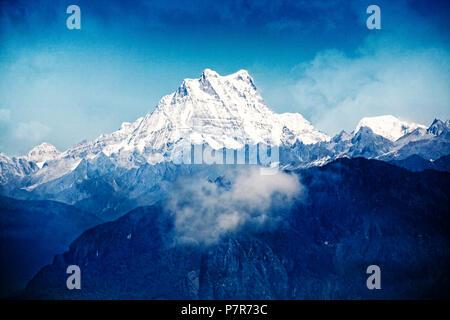 Frauengeschichten Bande bei 7.194 Metern im östlichen Himalaya. Bhutan. - Stockfoto