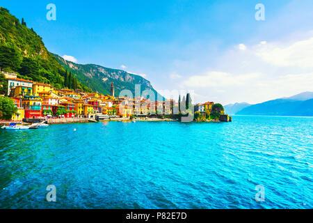 Varenna Stadt in Como Lake District. Traditionellen italienischen Lake Village. Italien, Europa. - Stockfoto