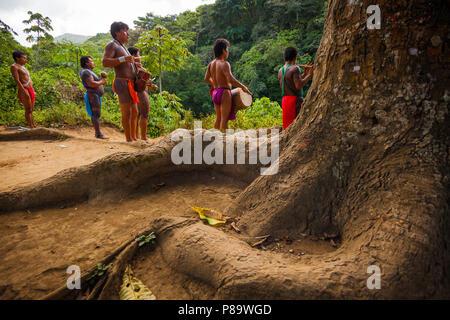 Panama city frauen suchen männer