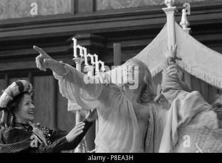 Heinrich VIII. und seine 6 Frauen (1972) Keith Michell, Datum: 1972 - Stockfoto