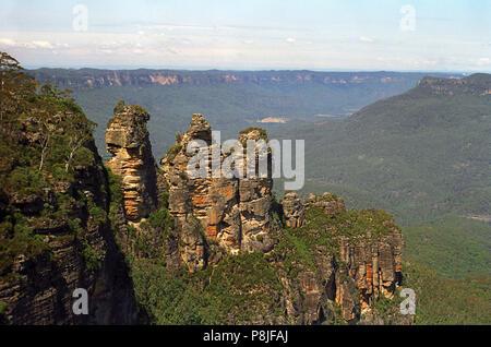 Die klassische Blue Mountains: Die drei Schwestern von Echo Point, Katoomba, NSW, Australien - Stockfoto