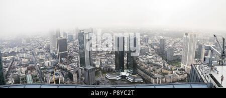 Financial District, Frankfurt, Deutschland, im April 2016 übernommen. - Stockfoto