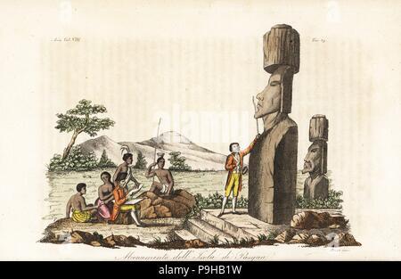 Captain James Cook und Eingeborenen untersuchen die Moai-Statuen auf den Osterinseln oder Rapa Nui. Handkoloriert Kupferstich gestochen von Sasso aus Giulio Ferrarios Antike und moderne Kostüme aller Völker der Welt, Florenz, Italien, 1844. - Stockfoto