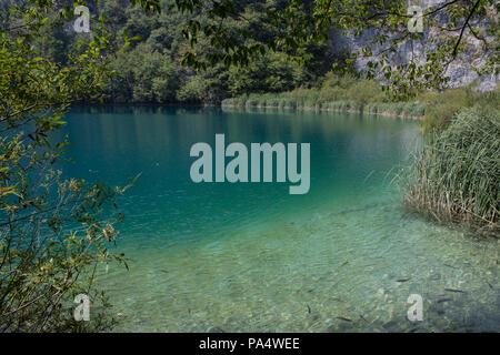 Nationalpark Plitvice - Kroatien. Der Park ist einer der ältesten und der größte Nationalpark in Kroatien, Teil des Unesco Weltkulturerbes. - Stockfoto