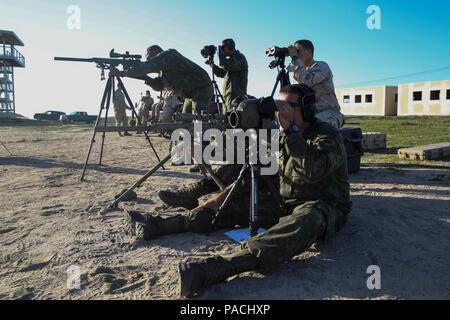 Entfernungsmesser Scharfschütze : Ein scharfschütze mit special operations battalion brasilianische