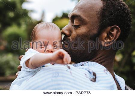 Ein Vater mit seiner Tochter - Stockfoto