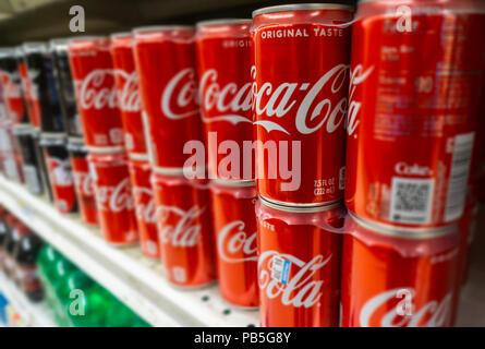 Mini Kühlschrank Dose : Coca cola mini kühlschrank dose: coca cola mini kühlschrank ebay