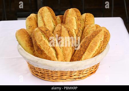 Frisches Baguette Brot - Stockfoto