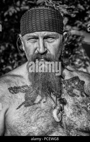 Eine Nahaufnahme von einem Mann in Moesgaard Viking strittig, Aarhus, Dänemark teilnehmenden - Stockfoto