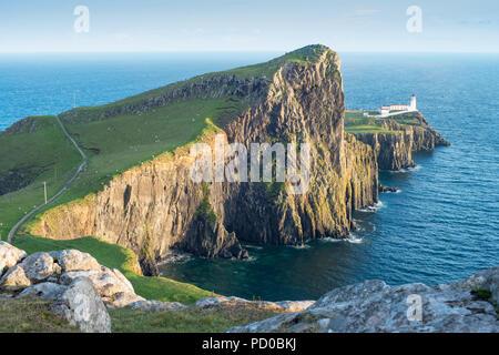 Landschaftlich Point Lighthouse, Isle Of Skye, Schottland, UK - Stockfoto