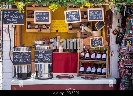 Traditionelle tschechische Getränke - Stockfoto