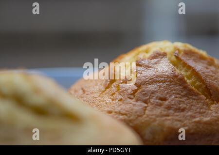 Mamas hausgemachter lemon Kuchen. - Stockfoto