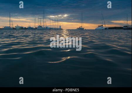 Das Meer an der Stadt Novigrad, Istrien, Kroatien - Stockfoto