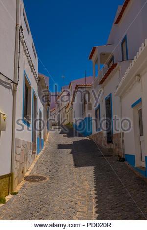 Die Angeln und Urlaub Dorf Salema, Algarve, Portugal - Stockfoto